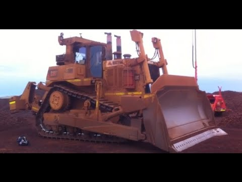 CAT D11T - Sorry did not show under carriage,,,,,,,,remember check those cap bolts!!!!!!!!!!!!! Pre Start Walk Around, good for D8, D9, D10, D11, series Bull Dozers and...