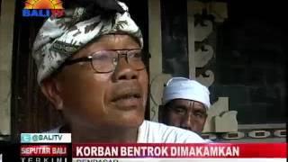 Download Video KORBAN BENTROK DIMAKAMKAN MP3 3GP MP4
