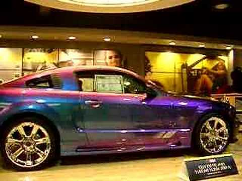 Saleen Mustang iridescent paint