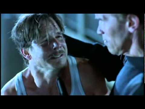 My favorite Bill Paxton scene. He made this movie more than just another Arnold action flick. He was a brilliant actor.