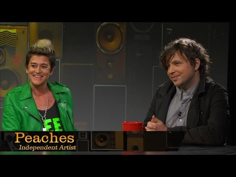 Independent Artist, Peaches – Pensado's Place #190