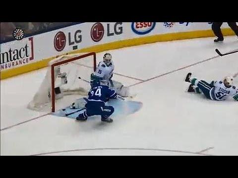 Video: Matthews buries perfect pass from Hyman