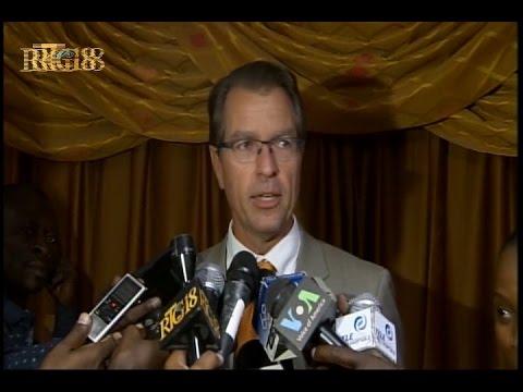 L' Ambassadeur d'Allemande en Haïti, Manfred Auster a effectué une visite au parlement haïtien.