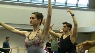 Os bailarinos brasileiros do Ballet Estatal de Berlim