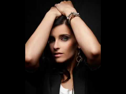 Nelly Furtado - Fantasma lyrics