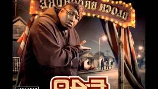 E-40 - Beatin' The Trunk Loose (Bonus Track)