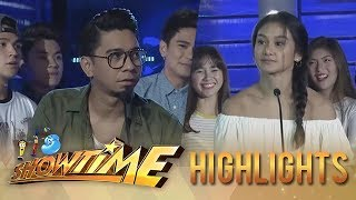 Video It's Showtime: Teddy and Girltrend Chienna fail to score a point MP3, 3GP, MP4, WEBM, AVI, FLV Mei 2018