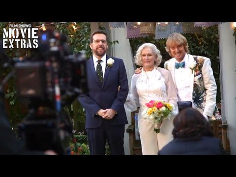 Go Behind the Scenes of Father Figures (2017)
