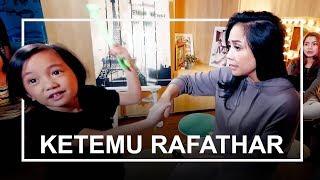 Video Tante Nagita Kok Nyanyi Telur Dadar Jadi Begitu? #CeritaSaga MP3, 3GP, MP4, WEBM, AVI, FLV Agustus 2018