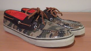 An in depth review on the Sperry Top-Sider Bahama 2-EyeThis particular model is the Sequin + Camo colorway A few websites to purchase this shoe for under retail :http://www.6pm.com/sperry-bahama (Men+Women+Kids, many colorways) As low as 25$ http://www.zappos.com/sperry-bahama (Men+Women+Kids, many colorways) Around 55$ http://www1.macys.com/shop/search?keyword=bahama+sperry&x=-864&y=-78**This exact colorway : http://www.amazon.com/dp/B008LZJASO/ref=asc_df_B008LZJASO3315744?smid=A3VI4CXJGPEL0Q&tag=pgmptvs-294-95-20&linkCode=df0&creative=395133&creativeASIN=B008LZJASO ** Thanks for watching, leave your comments, questions or suggestions in the comment section below. Enjoy!