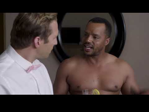 steven krueger being bullied by donald faison in ryan hansen solves crimes on television!