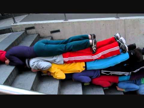 theater-heilbronn--corpos-em-espacos-urbanos