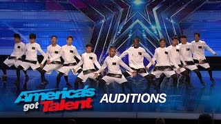 Download Lagu The Squad: 11-Member Dance Crew Shows off Awesome Moves - America's Got Talent 2015 Mp3