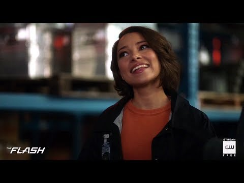"The Flash 5x02 Sneak Peek #1 ""Blocked"" Season 5 Episode 2"