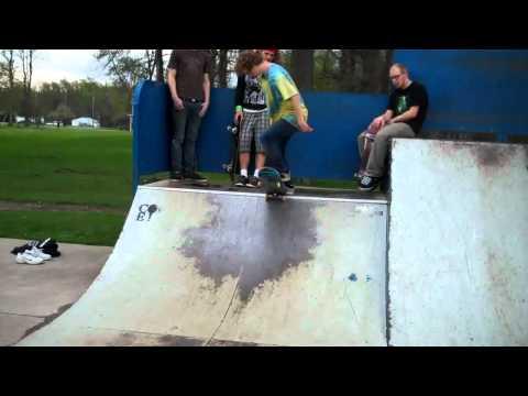 Newton Falls skatepark