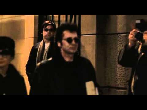 Chapter 27 - Chapman Gets Lennon's Autograph