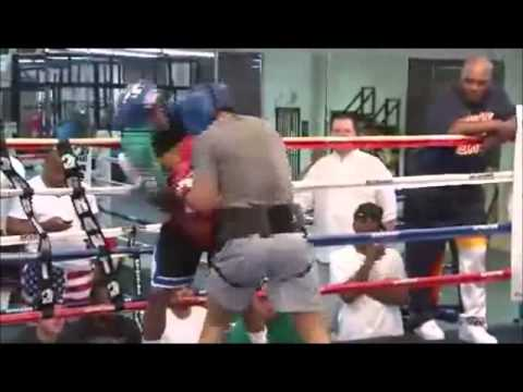 FLOYD MAYWEATHER LIVE SPARRING WITH \