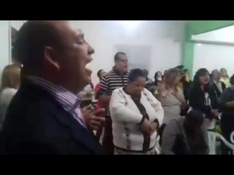 Igreja Comunidade Evangélica Dependentes de Deus do bairro Parque Maíra em Pinheiral Pastor Flávio