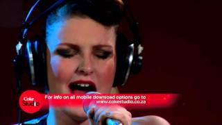 DreamTeam & Holly Wasserfall - No Wahala
