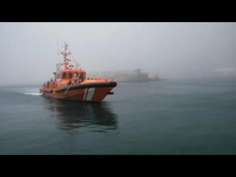 Διάσωση εκατοντάδων μεταναστών ανοικτά των ακτών της Ισπανίας …
