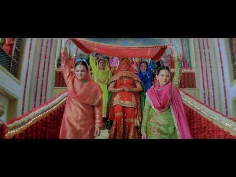 Video Aaya Tere Dar Per Deewana V2 (720P) *HD* - Veer Zaara (2004) - DVD - Music Video - Full Song download in MP3, 3GP, MP4, WEBM, AVI, FLV January 2017