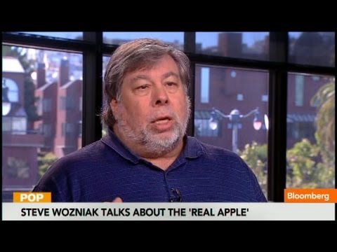 steve wozniak - Aug. 19 (Bloomberg) -- Apple co-founder Steve Wozniak discusses the new film about Steve Jobs. He speaks on Bloomberg television's