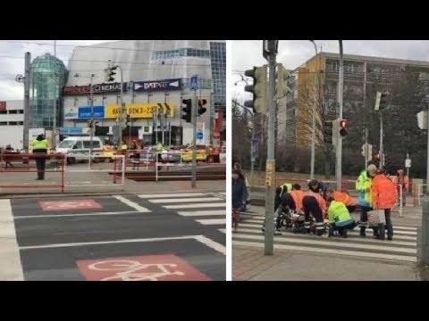 Nové informace k nehodě v Hostivaři: Muž (67) zřejmě jel na červenou,zabil muže a ženu