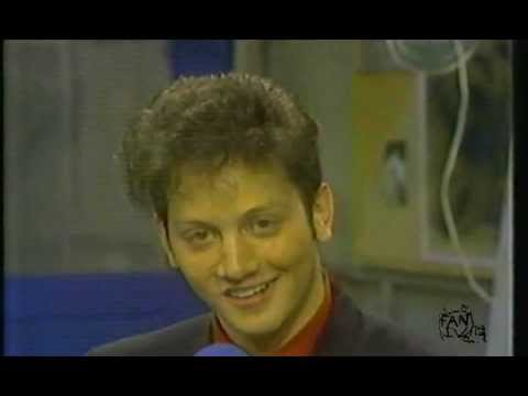 Rob Schneider does Elvis Presley - VHS Files 01