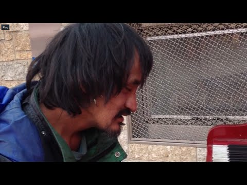 Homeless man on the street plays beautifully (Remix / Horizontal video)