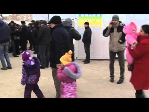 Modular Town for East Ukraine Refugees: Temporary camp can accommodate up to 500 displaced people
