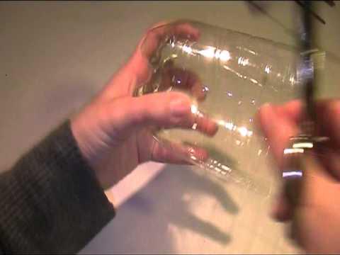 Aus Plastikflasche Behaelter basteln