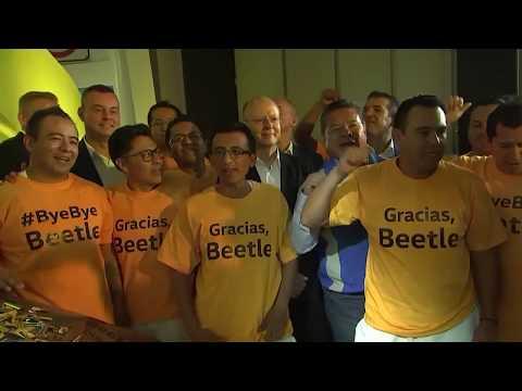Puebla: Mariachis singen dem VW-Käfer ein Abschiedsstä ...