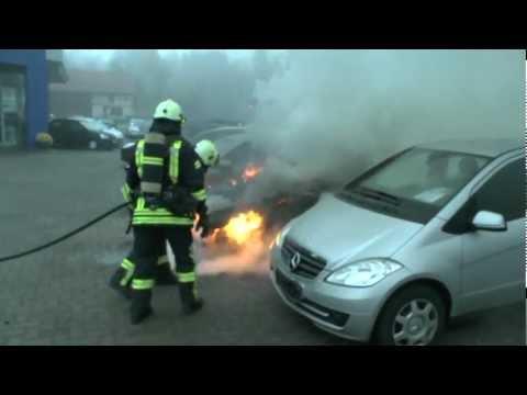 Korbach: Pkw-Brand auf Autohaus-Gelände