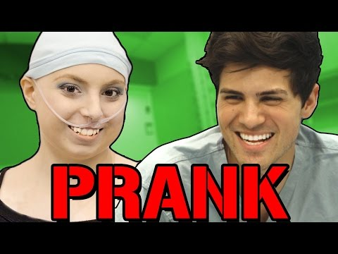 ULTIMATE FAN SURPRISE PRANK – Prank It FWD