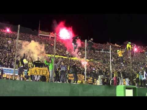 La hinchada grita el tercer gol. Peñarol Campeón 2012-13 - Barra Amsterdam - Peñarol