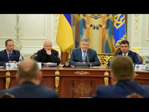 Ukraine: Präsident Poroschenko kündigts Ende des Krie ...