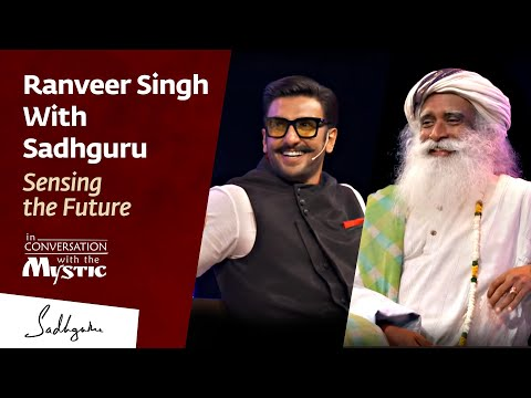 Video Ranveer Singh With Sadhguru - In Conversation with The Mystic @IIMBue 2018 download in MP3, 3GP, MP4, WEBM, AVI, FLV January 2017