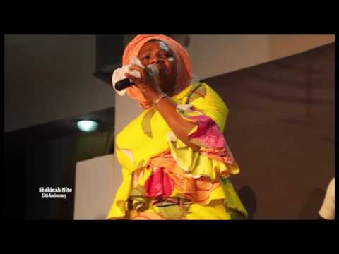 Bukola Bekes Ministering At The 15th Anniversary Of Shekinah Nite