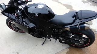 8. 2012 Black Yamaha R1 Lowered start up and walk around