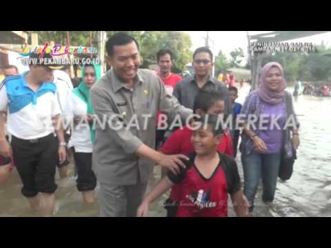 Kunjungan Walikota Pekanbaru DR. H. Firdaus, MT Terkait Musibah Banjir Kampar Awal Tahun 2016