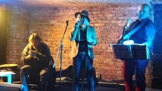 Video MonoStereo - křest desky ZE.MĚ. v Café V lese 31.1.2016