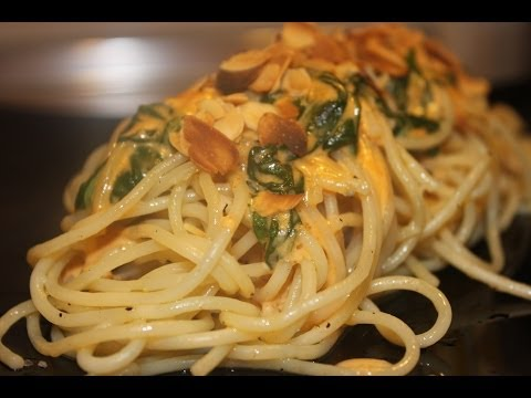 Espaguetis con Espinacas y Salsa brie