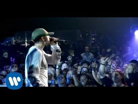 Linkin Park feat. Jay-Z – Numb/Encore