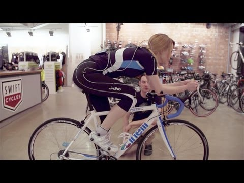 bicycle - How to set up your bicycle like a pro Subscribe to the Guardian HERE: http://bitly.com/UvkFpD Find out from the experts how to set your riding position on yo...