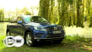 "The new Touareg is also available with an extensive ""Executive"" package of interior features.http://www.dw.com/en/tv/drive-it/s-9690"