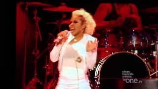 Keyshia Cole- Hey Sexy live(EMF12)