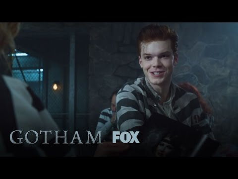 Gotham 2.01 (Clip 'Ginger And Gorgeous')