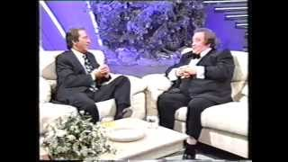 Video Bernard Manning - Des O'Conner Show - December 1991 MP3, 3GP, MP4, WEBM, AVI, FLV September 2019