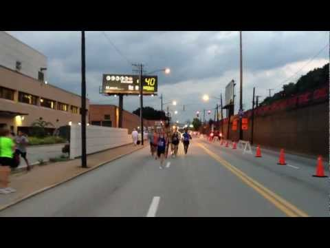 Inaugural GNC Live Well Liberty Mile - Professional Men