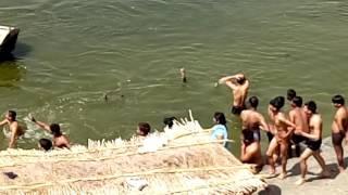 Ganga me Doba ladka lekin koi Baca nhi saka